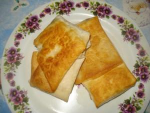 Вкусный лаваш с сыром