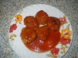 Котлеты в томатном соусе