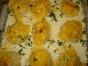 Куриные фрикадельки в сливочном соусе