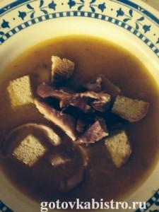 Баварский суп с копчеными ребрышками