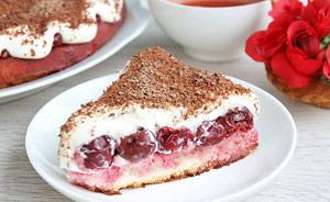 Вкусный бисквитный торт с вишней